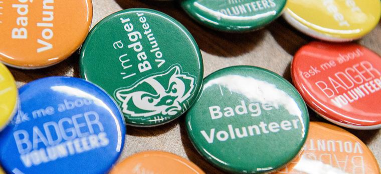 Badger Volunteer buttons